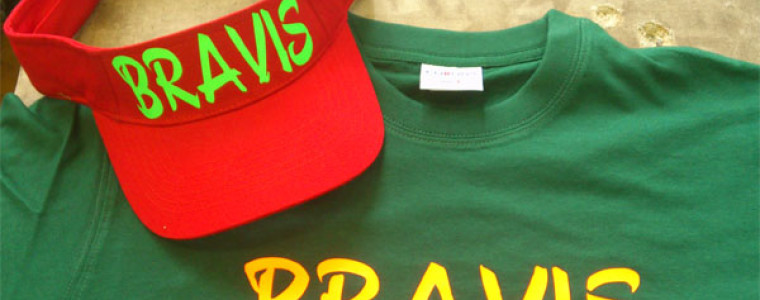 Футболки и козырьки Bravis